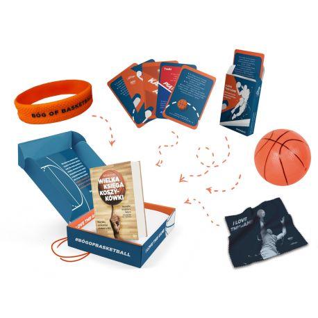 Okładka pakietu dla fana koszykówki Wielka księga koszykówki z gadżetami dostępnego w księgarni sportowej laBotiga