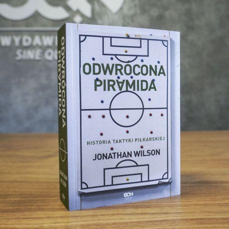 Zdjęcie okładki książki Odwrócona piramida w księgarni sportowej Labotiga