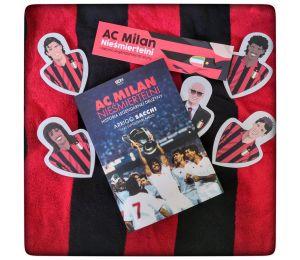 Zdjęcie pakietu AC Milan. Nieśmiertelni. Historia legendarnej drużyny + zakładki piłkarzy w księgarni Labotiga
